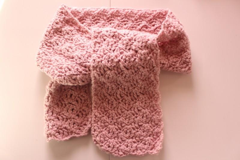 54aca76cb865 Echarpe dentelle au crochet - AtelierNat