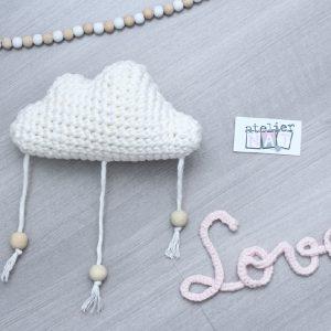 Mobile nuage blanc et perles