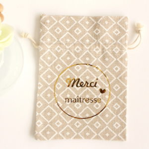 Pochon Merci maîtresse OR pour bijoux chocolats petit cadeau