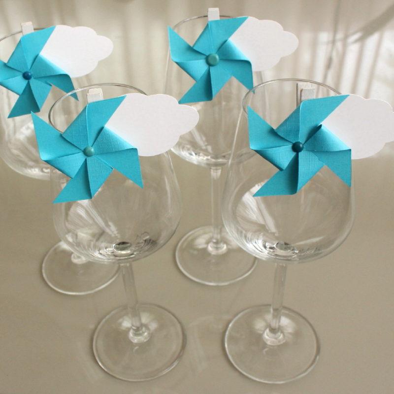 Marque verre marque place moulin vent et nuage bleu - Nuage et vent ...