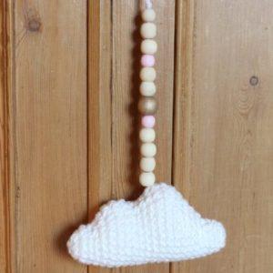 jolie guirlande nuage perles roses
