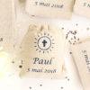 Pochons personnalisés Croix pour dragées baptême mariage communion