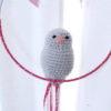 Mobile suspension oiseau gris et rose à pois