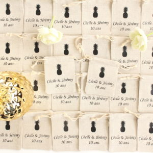 Pochons personnalisés Ananas pour dragées baptême mariage communion
