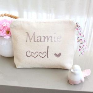 """Trousse Pochette """"Mamie cool"""" cœur et Liberty personnalisable"""
