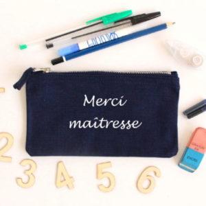 """Trousse à crayons """"Merci maîtresse"""" personnalisable"""