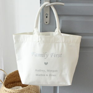 "Sac Cabas blanc ""Family First"" personnalisable"
