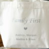 """Sac Cabas blanc """"Family First"""" personnalisable"""