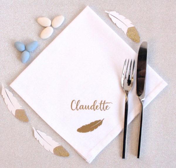 Serviette de table Plume personnalisable avec un prénom