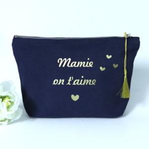 """Trousse """"Mamie on t'aime"""" pompon et cœurs personnalisable"""