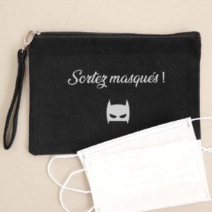 """Pochette à masques noire """"Sortez masqués !"""" personnalisable"""