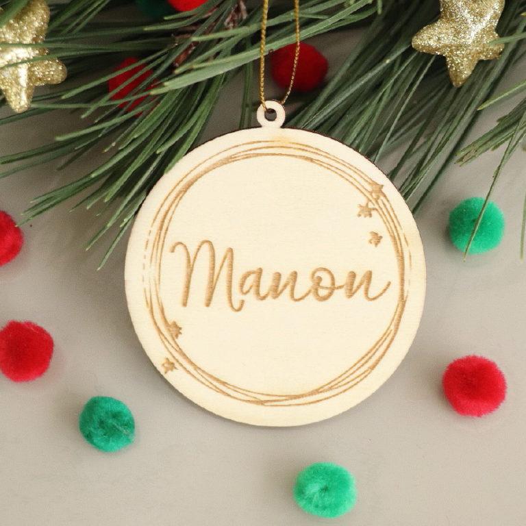 Boule de Noël en bois personnalisée cercle étoilé