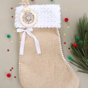 Botte chaussette de Noël prénom sur boule en bois flocon