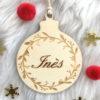 Boule de Noël en bois prénom Couronne feuilles