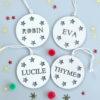 Boule de Noël en bois étoiles personnalisée