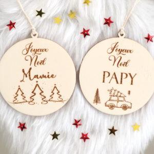 """Boule de Noël en bois voiture """"Joyeux Noël"""" personnalisable"""