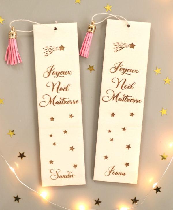 """Marque page en bois étoile filante """"Joyeux Noël"""" personnalisable"""