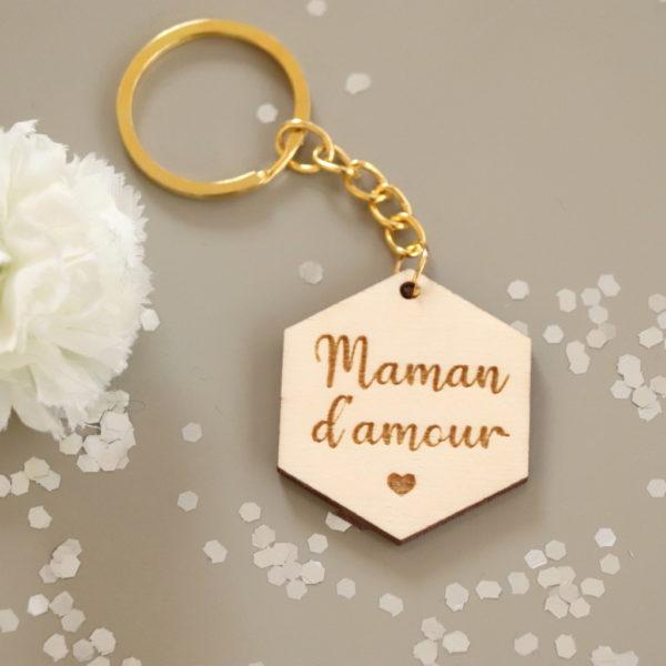 """Porte-clés en bois gravé """"Maman d'amour"""" personnalisable"""