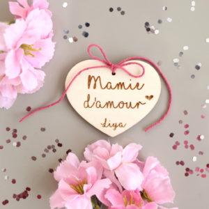 Suspension cœur d'amour en bois Étiquette gravée