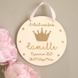 Plaque médaillon en bois Couronne à personnaliser avec infos de naissance