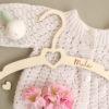 Cintre bébé enfant en bois Cœur personnalisé