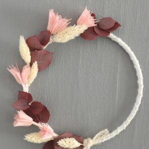 """Couronne de fleurs séchées """"Maya"""" eucalyptus rouge"""