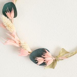 """Couronne de fleurs séchées """"Maëlys"""" eucalyptus"""