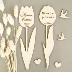 Fleur tulipe en bois à personnaliser