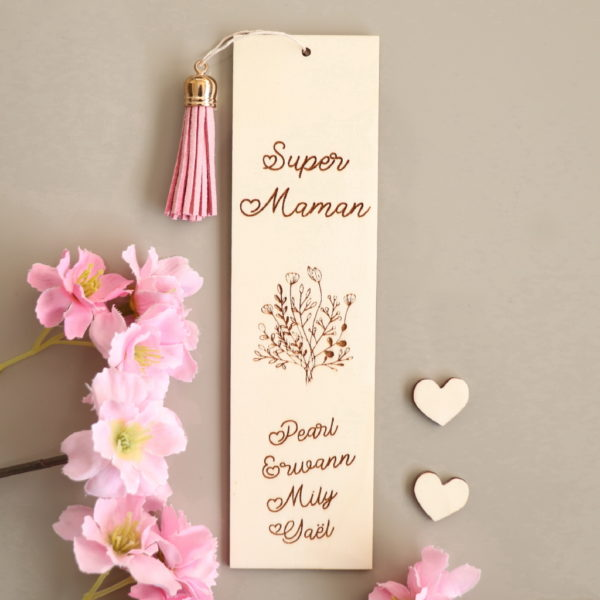 Marque page en bois Bouquet de fleurs à personnaliser