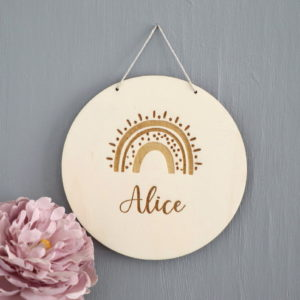 Plaque de porte médaillon arc en ciel Alice 15cm_1