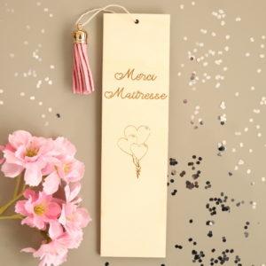 """Marque page en bois Ballons """"Merci maîtresse"""" personnalisable"""