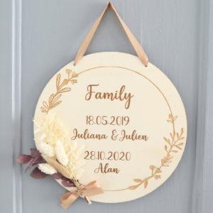 Suspension plaque déco personnalisable FAMILY avec bouquet de fleurs séchées