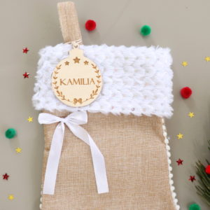 Botte chaussette de Noël prénom sur boule en bois couronne